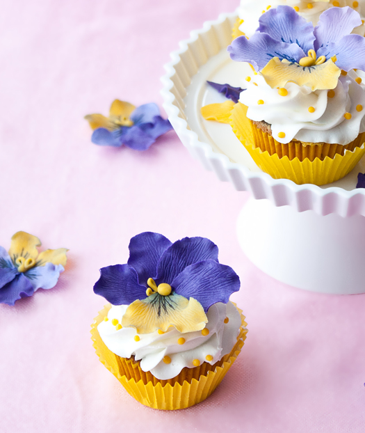 Cake Journal Pansies